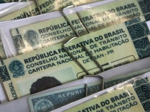 Motoristas vão receber aviso de vencimento e boleto em casa (Foto: Paulo Rosa/Detran/Divulgação)