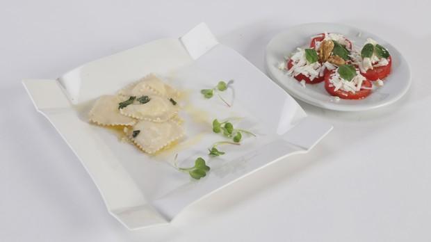 'Cozinheiros em Ao' - Segunda temporada - Episdio 05 - Salada caprese e Ravioli de queijo com manteiga de slvia - Victor (Foto: Adalberto de Melo Pygmeu)