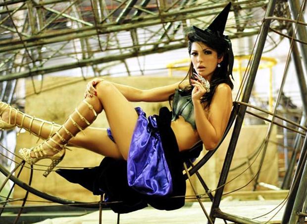 Antonia Fontenelle de bruxa (Foto: Divulgação)