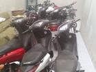 Sete motos roubadas são achadas escondidas dentro de ônibus, em RO