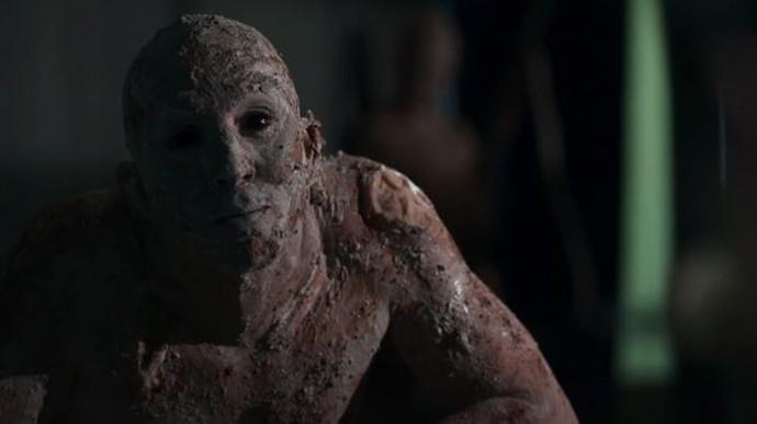 Baal aterrorizou os confinados no último episódio de 'Supermax' (Foto: TV Globo)
