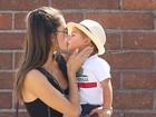Alessandra Ambrósio é um chamego só com o filho caçula