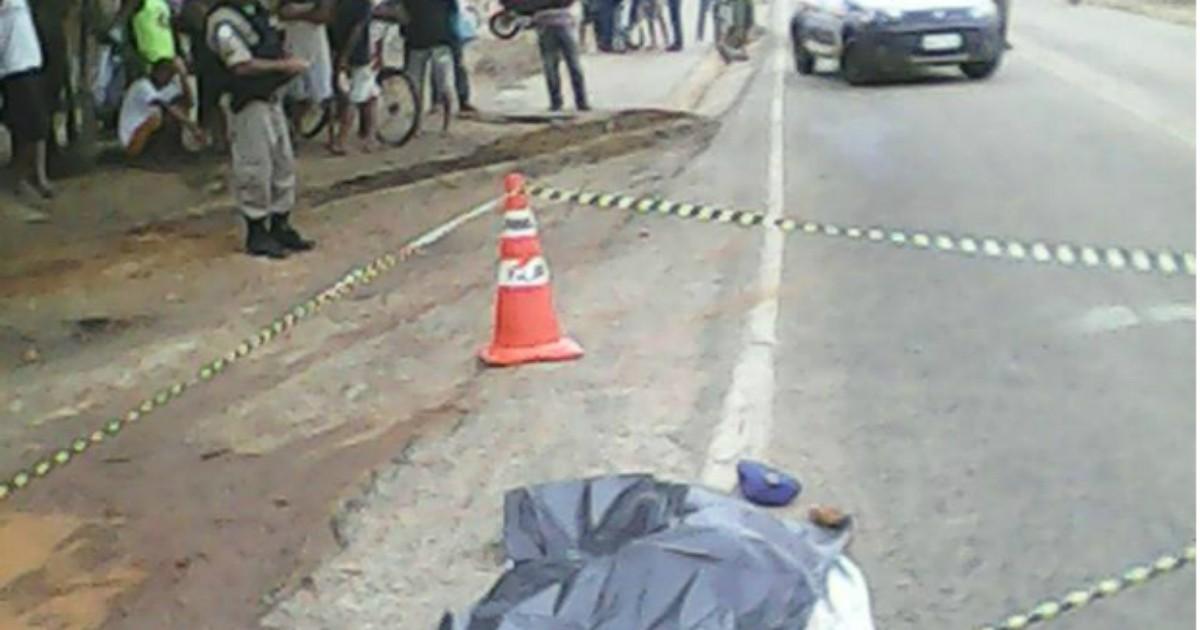 Homem é morto com golpes de enxada na cabeça em Araçuaí, MG - Globo.com
