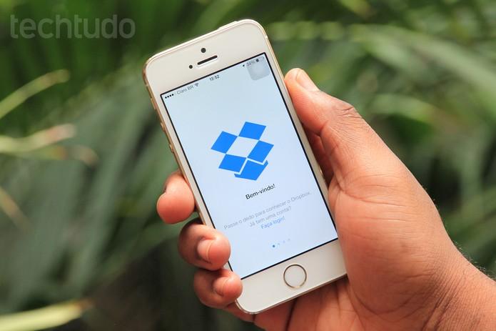 Dropbox inclui suporte ao Touch ID para proteger arquivos no app para iOS (Foto: Anna Kellen Bull/TechTudo)
