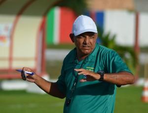 Edmilson Santos aprovou 1º teste da equipe (Foto: Felipe Martins/GLOBOESPORTE.COM)
