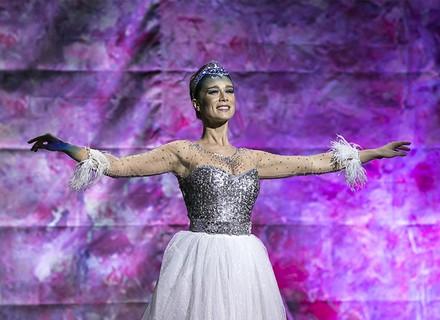 Último capítulo: Tancinha faz surpresa para Francesca no Teatro Municipal