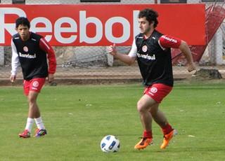 Internacional Falcão treino Lucas Roggia  Marquinhos (Foto: Alexandre Lops/Site Oficial)