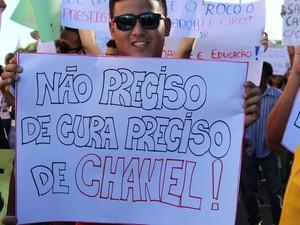 """Jovem é contrário ao projeto da """"cura gay"""" aprovado esta semana em comissão da Câmara (Foto: Ellyo Teixeira/G1)"""