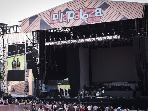 Vista do palco principal do Lollapalooza 2016 (Foto: Caio Kenji/G1)