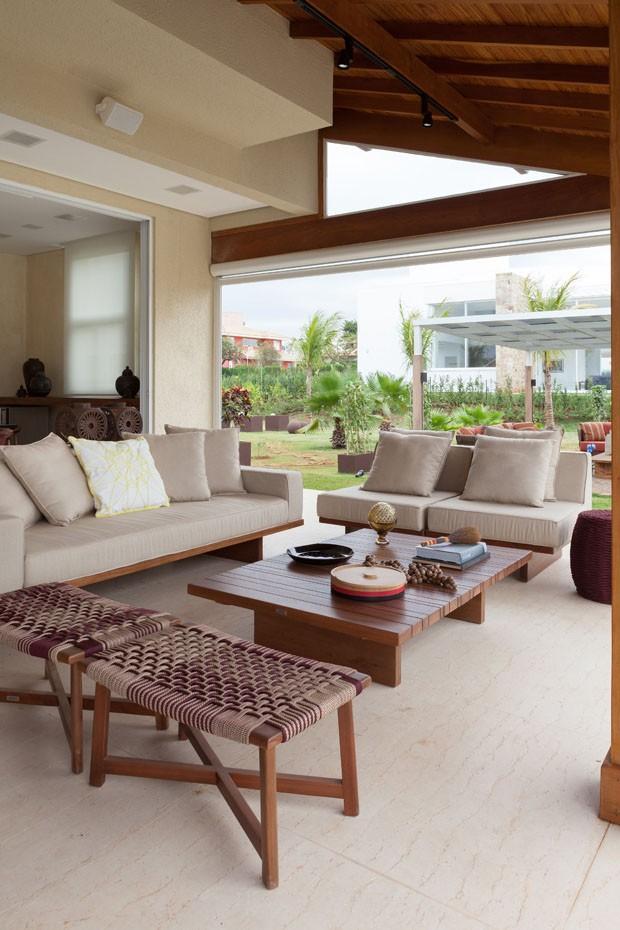 Casa de campo r stica e moderna casa vogue casas for Accesorios para casas modernas