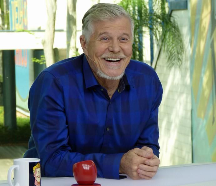 Miguel Falabella se diverte ao rever sua participação no Vídeo Show (Foto: Leonardo Viso/ Gshow)