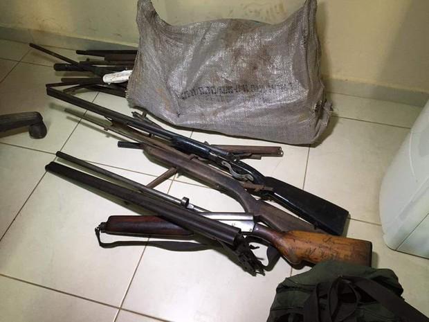 Armas e munição também foram apreendidas com os suspeitos (Foto: Ascom/PC)