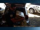 Presa dupla suspeita de levar 800 kg de maconha em carro guinchado