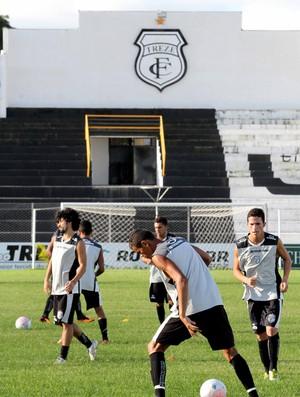 Treino do Treze no Estádio Presidente Vargas (Foto: Magnus Menezes / Jornal da Paraíba)