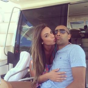 Emerson Sheik e Nicole Bahls (Foto: Instagram / Reprodução)