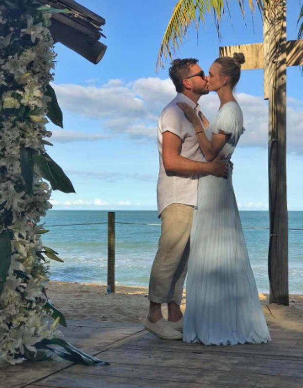 Carol Trentini e o marido, Fabio Bartelt (Foto: Reprodução/Instagram)