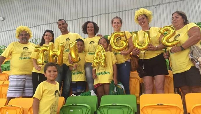 d47459bebfeee Família Thiagus Petrus handebol Brasil (Foto  Marina Proton)