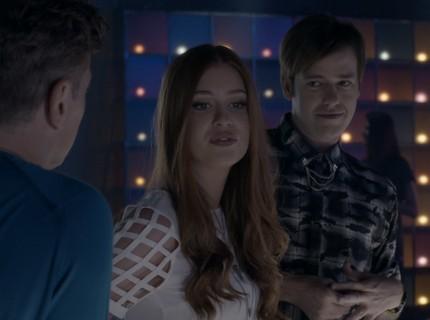 Teaser 5/2 - Arthur Leva Eliza a uma boate