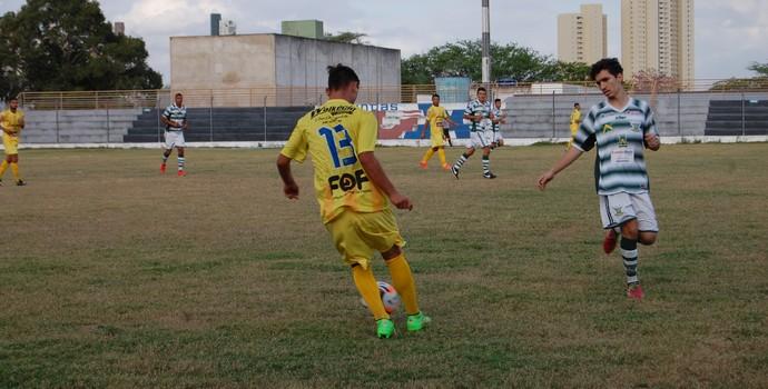 Sport Campina x Lucena, Presidente Vargas (Foto: Silas Batista / GloboEsporte.com)