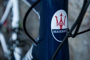 Maserati cria bicicleta especial em parceria com lenda do ciclismo