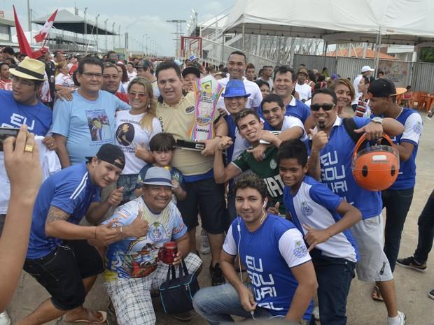 Unidos do Buritizal conquistou título e foi a única a subir ao grupo especial (Foto: Abinoan Santiago/G1)