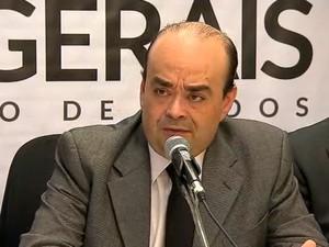 Secretário de Estado de Defesa Social Bernardo Santana apresenta dados sobre sistema prisional de MG  (Foto: Reprodução/TV Globo)
