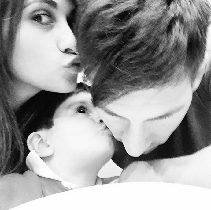 Messi posta foto com a familia no instagram