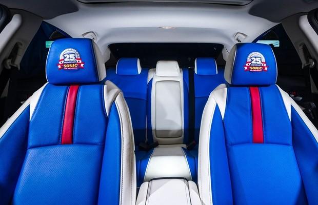 Honda Civic comemora os 25 anos do jogo Sonic (interior) (Foto: Divulgação)