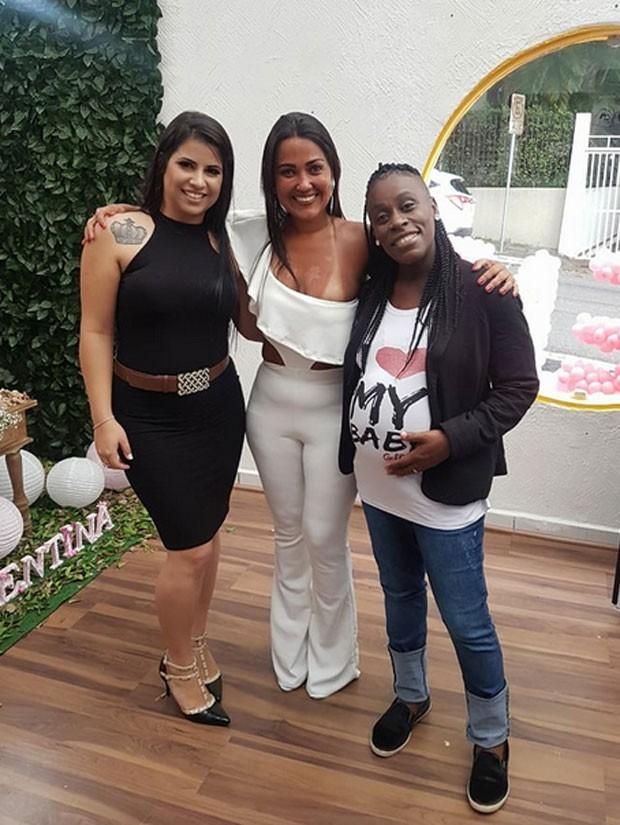 Neném e Thais Oliveira com Dayane Santos (Foto: reprodução)