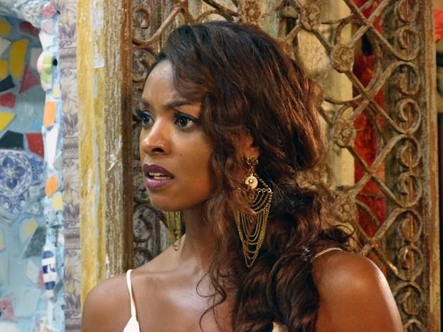 Juju fica pasma ao escutar de Ismael como tudo aconteceu (Foto: Império / TV Globo)