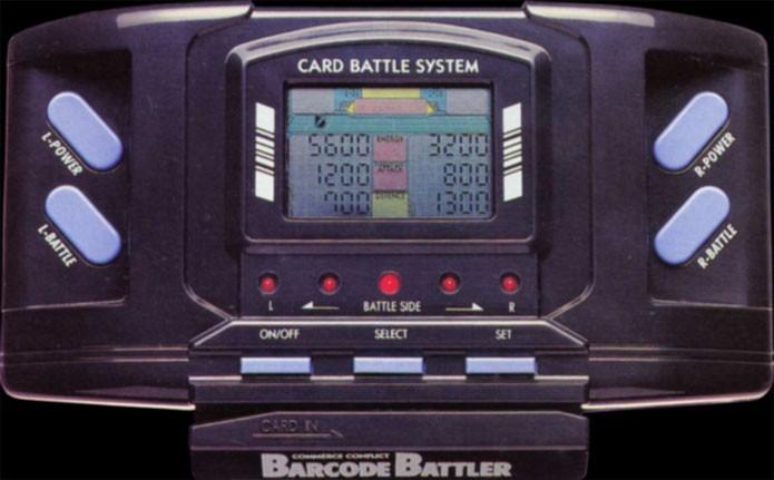 Barcode Battler, com leitor de código de barras (Foto: Divulgação)