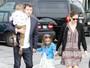 Ben Affleck e Jennifer Garner vão com os filhos a igreja