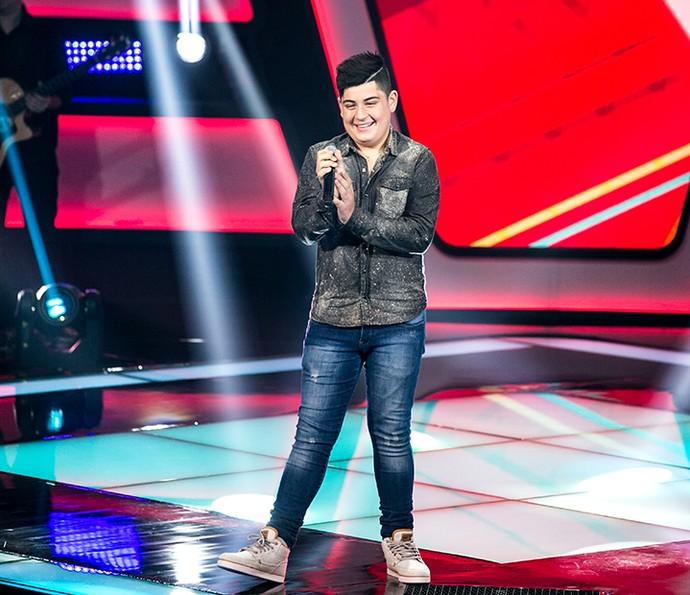 João Vitor esbanjou tranquilidade no palco (Foto: Isabella Pinheiro/Gshow)