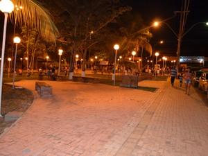 Praça é mais uma opção de lazer para os moradores de Cacoal, RO (Foto: Rogério Aderbal/G1)