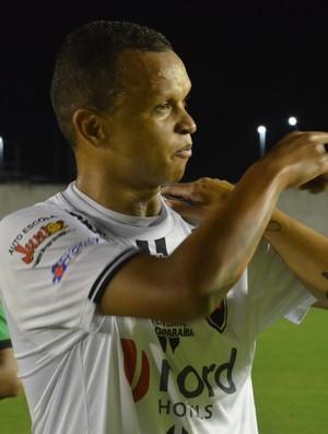 warley; botafogo-pb x boa esporte (Foto: Cadu Vieira / GloboEsporte.com)