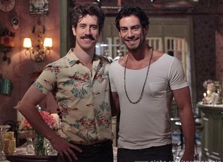 'Saramandaia termina com um final de aceitação', diz Theodoro sobre casal gay
