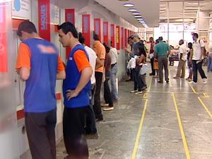 Bancos funcionam em horário reduzido nesta quarta-feira (Foto: Reprodução/TV Fronteira)