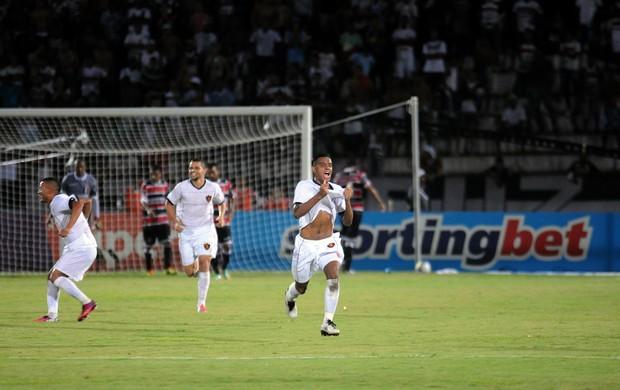 santa cruz x sport (Foto: Aldo Carneiro / Pernambuco Press)