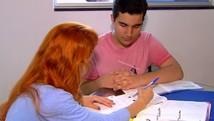 Profissionais investem em serviços a domicílio (Reprodução/ TV Anhanguera)