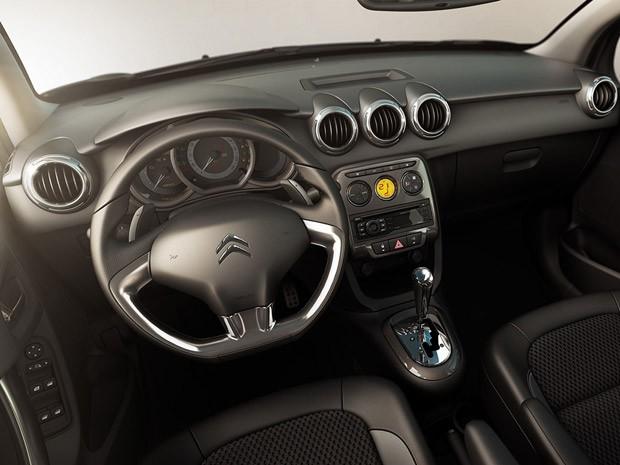 Novo Citroën C3 promete acabamento interno refinado (Foto: Divulgação)