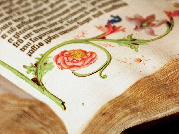 Bíblia de Gutenberg, de 1455, faz parte da coleção da Princeton (Foto: Denise Applewhite/Divulgação/Princeton University)