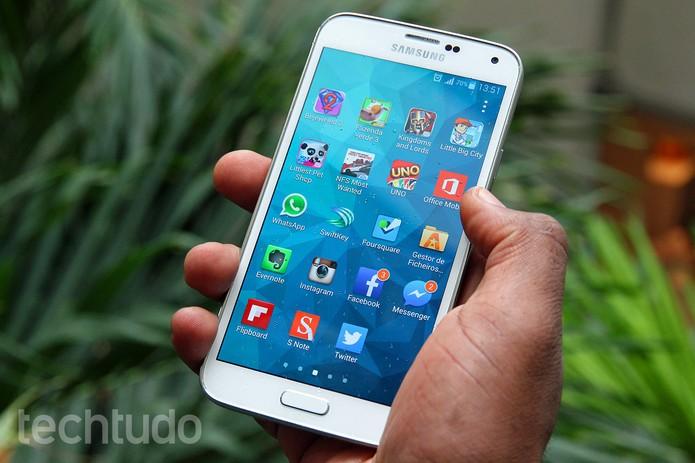 Interface do Galaxy S5: TouchWiz melhorou, mas ainda é bem poluída (Foto: Luciana Maline / TechTudo)