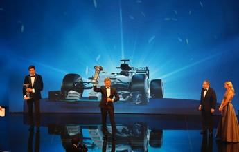 Cinco dias após título, Nico Rosberg surpreende e anuncia aposentadoria