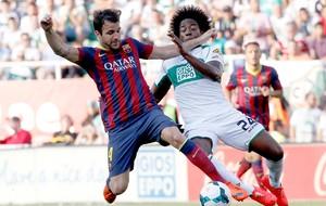 fabregas sanchez elche x barcelona  (Foto: AP)