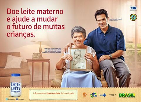 João Marcello Bôscoli e Ilza Pereira em anúncio da campanha de doação de leite humano (Foto: divulgação)