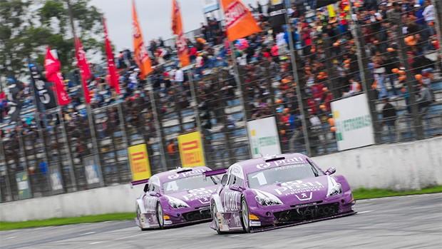 Os pilotos Antonio Pizzonia e Julio Campos retornam pela Prati-Donaduzzi na equipe RX Mattheis. (Foto: Divulgação/Vanderley Soares)