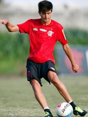Mattheus treino Flamengo (Foto: Fábio Borges / VIPCOMM)