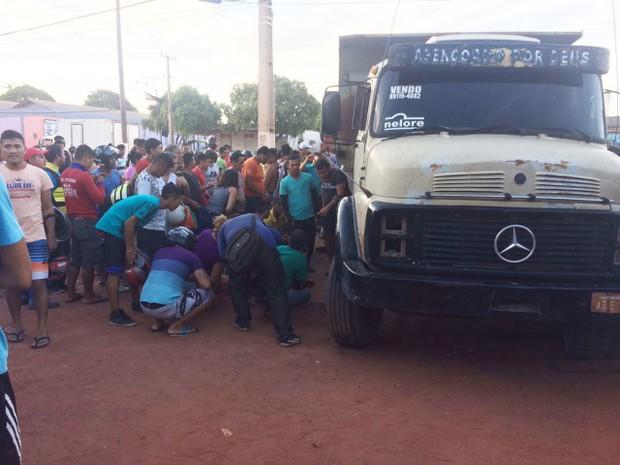 Acidente aconteceu na tarde desta sexta-feira (30) (Foto: Jampierre Martins/TV Tapajós)