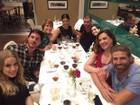 Claudia Raia janta com Reynaldo Gianecchini e Cláudia Abreu no Rio