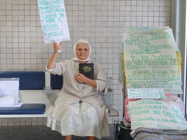 Isaura se diz a velhinha mais feliz do mundo (Foto: Marina Fontenele/G1)